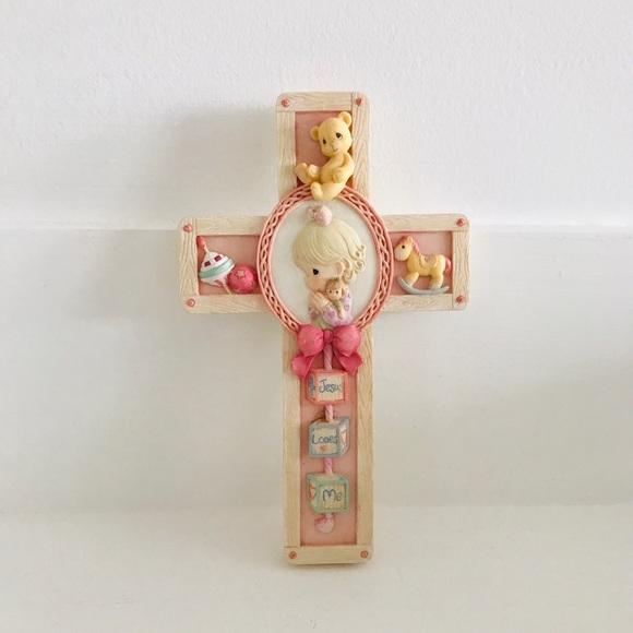 Jesus loves me, girls cross precious moment